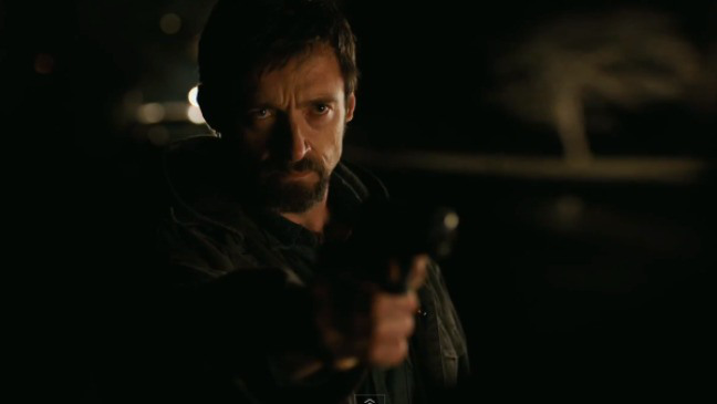 """фильм """"Пленницы"""" (Prisoners) кадр из фильма Хью Джекман с пистолетом"""