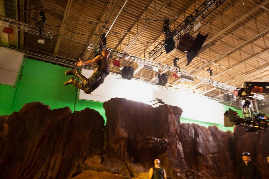 фильм «Риддик 3» (Riddick) 2013, осень, съемки, трюки и спецэффекты