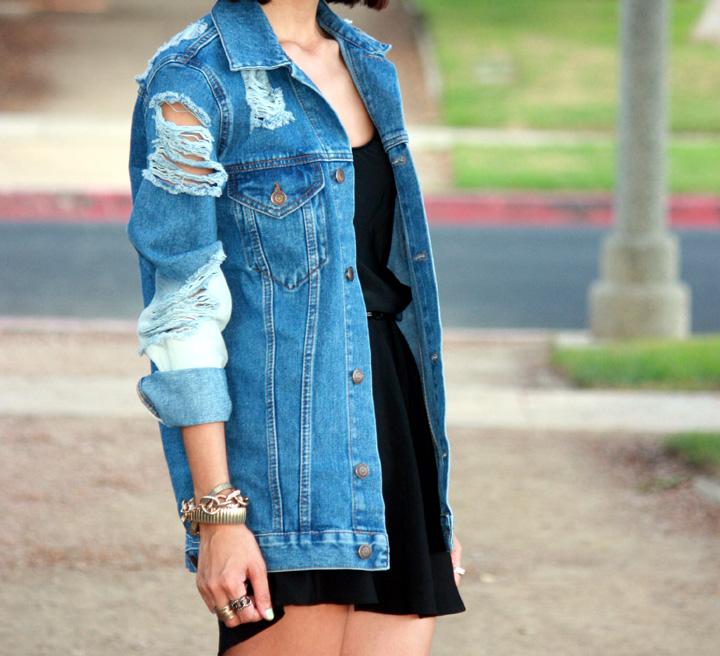 модная джинсовая куртка- новый вид рванки