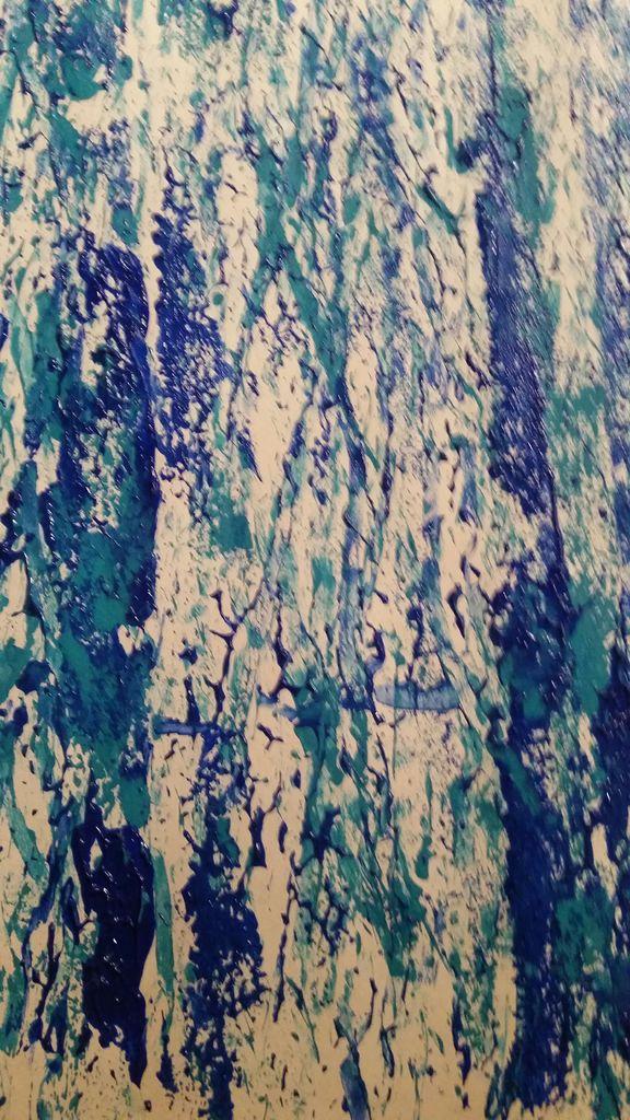 краска на холсте подсохнет - сможете наложить поверх другой цвет