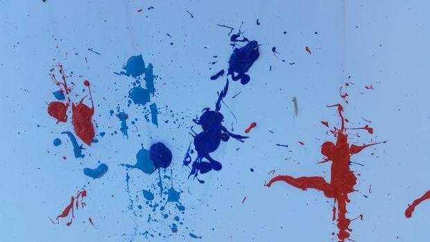 Как рисовать при помощи резинок: искусство брызг