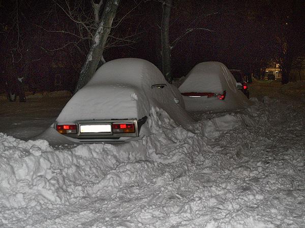 Как растопить лед и снег вокруг автомобильных шин домашними средствами