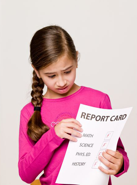 Не стоит находиться в подвешенном состоянии, если ваш ребенок сдал свой первый в жизни тест на знания – в первом классе – не идеально