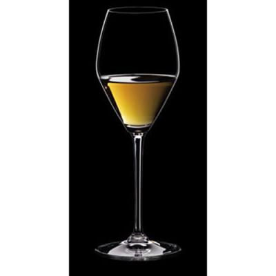 Бренд Riedel даже выпустил уникальные индивидуальные бокалы для ледяного вина в форме ромба, чтобы середина чаши была максимально широкой.