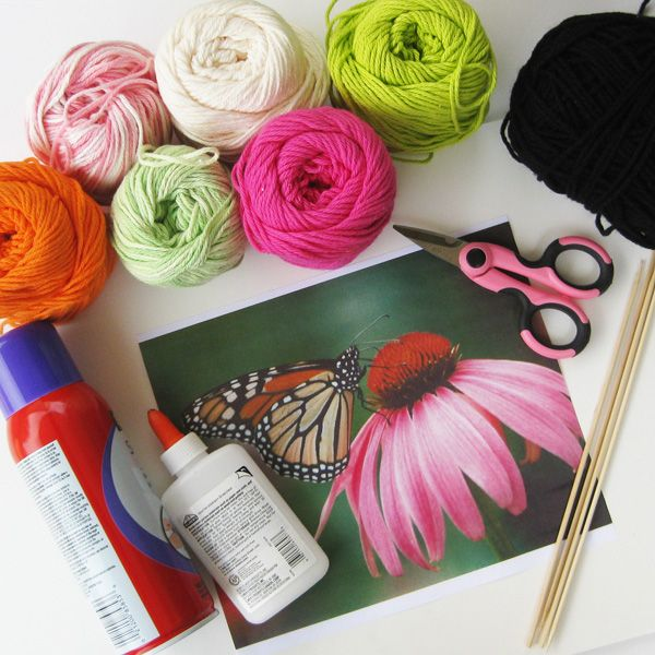 приспособления для рисования картин пряжей: пряжа, ножницы, фотография