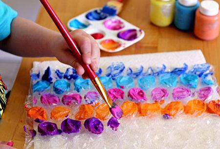 Как организовать детское и взрослое творчество c пупырчатой пленкой (2)