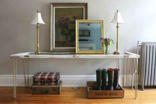 Как сделать кофейный столик для дачной террасы из старой двери (или окна) со стеклом