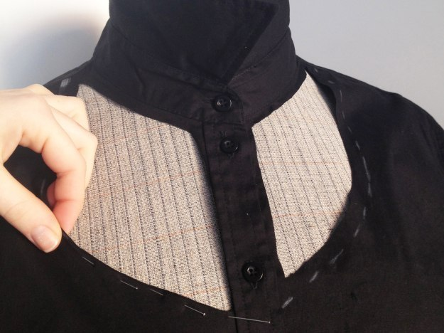 Как обновить старую блузку. Часть 1