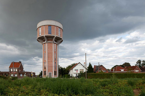 Как выглядит Топ-10 домов мира с самой экстравагантной планировкой - Древняя водонапорная башня