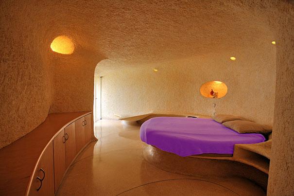 Как выглядит Топ-10+ домов мира с самой экстравагантной планировкой - Дом в гигантской раковине, спальня