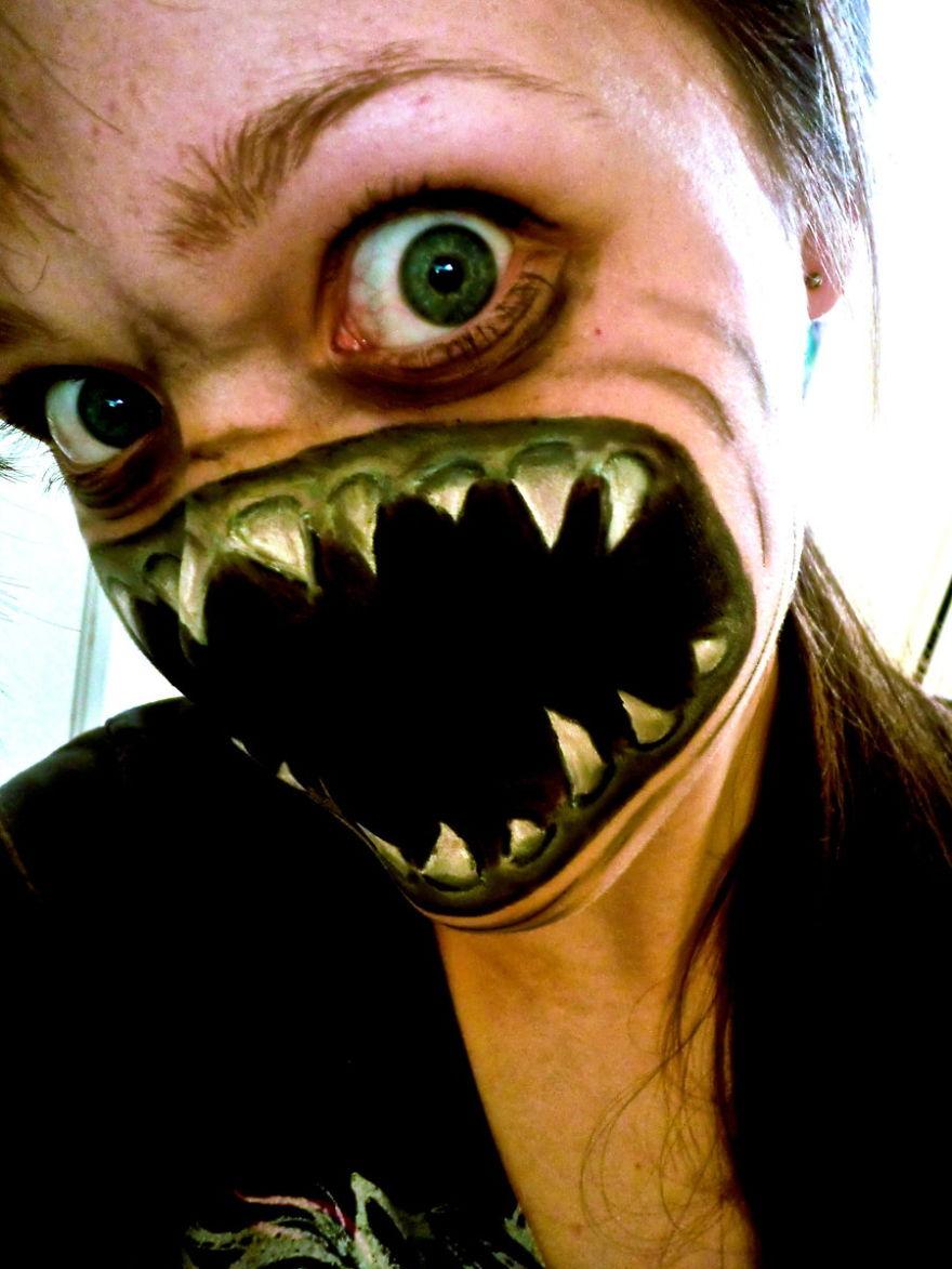 самый жуткий грим на Хэллоуин: кричащий демон