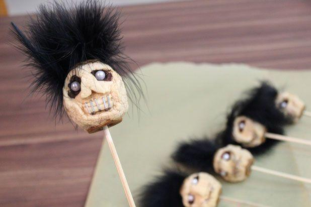 готовые сушеные головы из яблок - декор на Хэллоуин