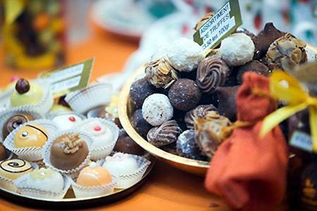 Смешивать шоколад с необычными ингредиентами – не новая идея