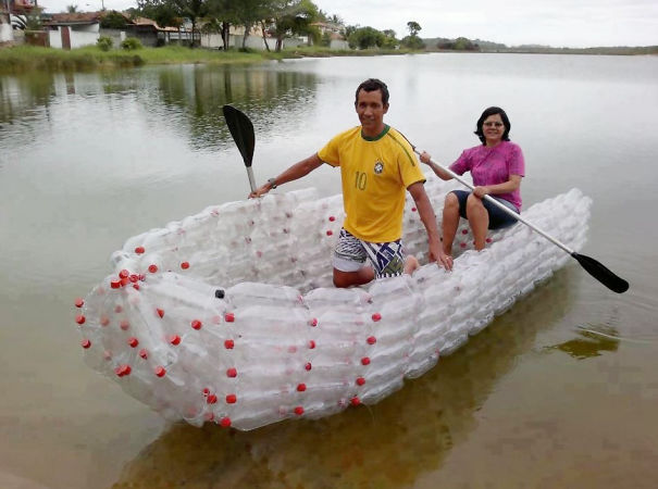 Лодки из пластиковых бутылок