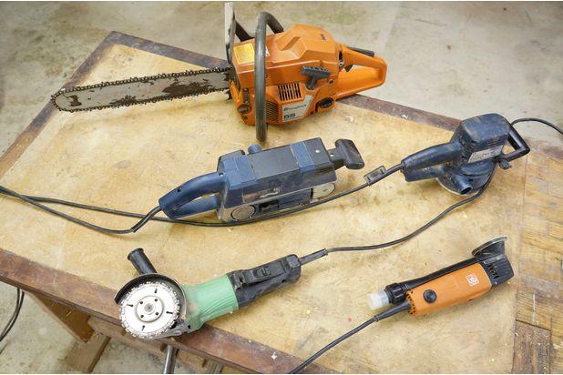 инструменты, необходимые для обработки пня