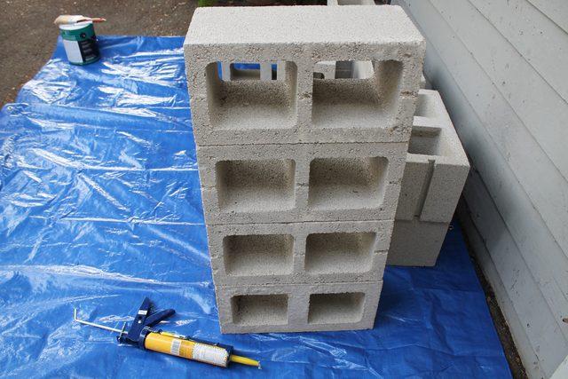 Повторяем шаги 1 и 2, пока не получаем ровную башенку из 4-х таких блоков