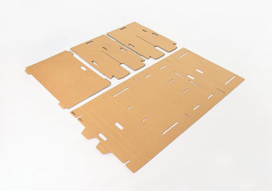 Как выглядят самые необычные и креативные столы в мире - складной стол из прочного картона, в разобранном состоянии