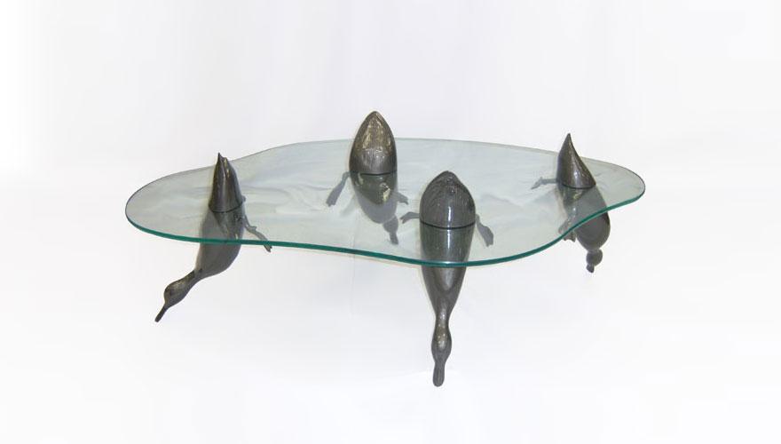 Как выглядят самые необычные и креативные столы в мире - утиный пруд, ныряющие утки