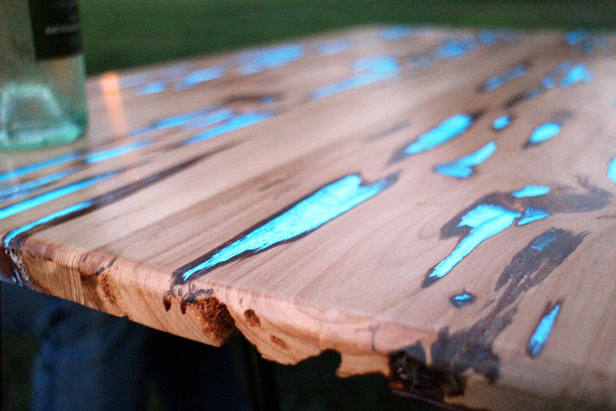 Как выглядят самые необычные и креативные столы в мире - светящийся стол