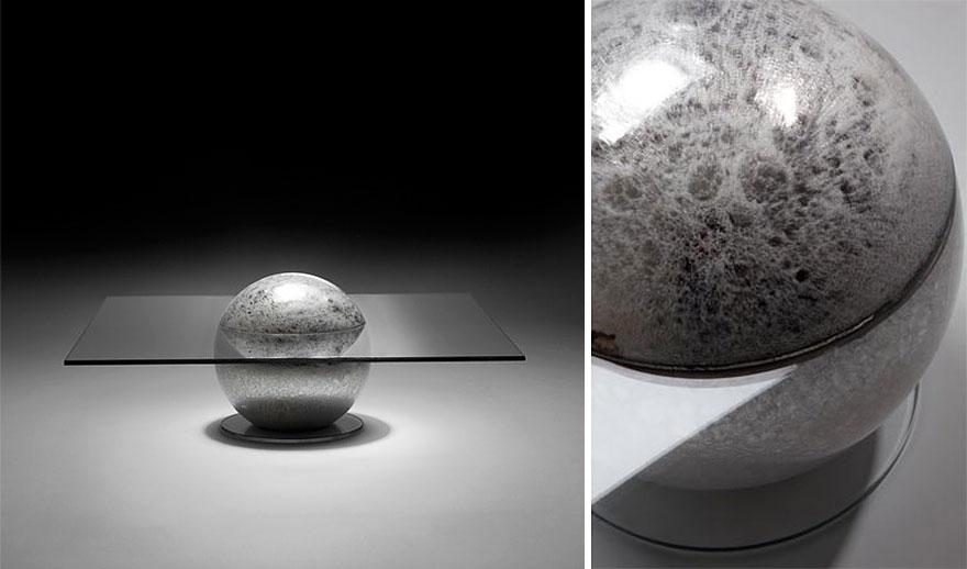 Как выглядят самые необычные и креативные столы в мире - стол на Луне