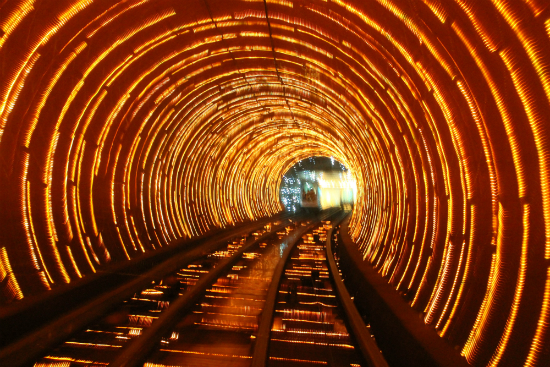 Тоннель-достопримечательность «Бунд» (Bund Sightseeing Tunnel) – Шанхай, Китай