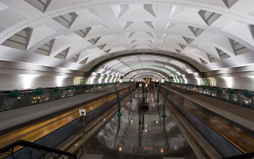 Метростанция «Славянский бульвар» - Москва, Россия