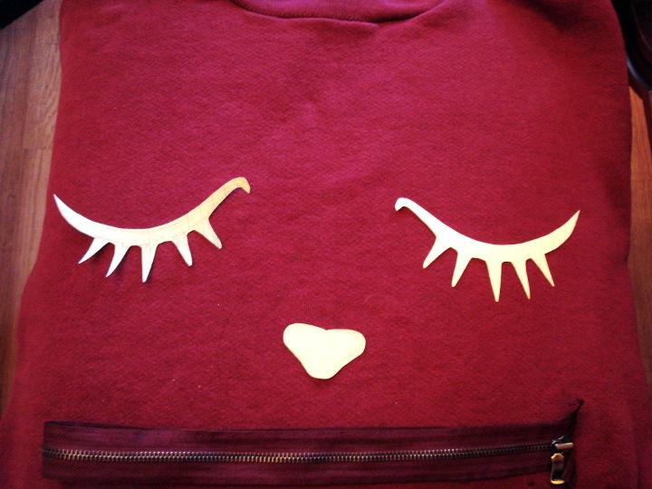 вариант глаз для костюма кота из большого свитера