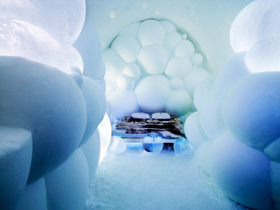 «Ледяной отель» (Ice Hotel), Юккасъярви, Швеция - номер из снежков
