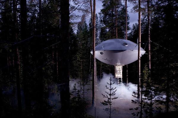Номер-корабль пришельцев «The Ufo» отеля «Treehotel», Харадс, Швеция