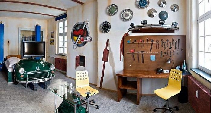 Самые необычные отели мира: посвященный автомобилям - Штутгарт, Германия, отель «V8»