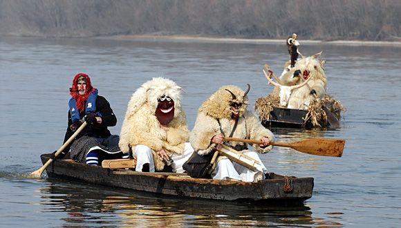 Фестиваль-карнавал «Бушоярош (Mohácsi Busójárás)» в Венгрии
