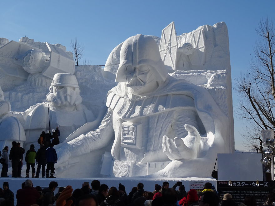 Снежный фестиваль скульптур «Саппоро (Sapporo)» в Японии