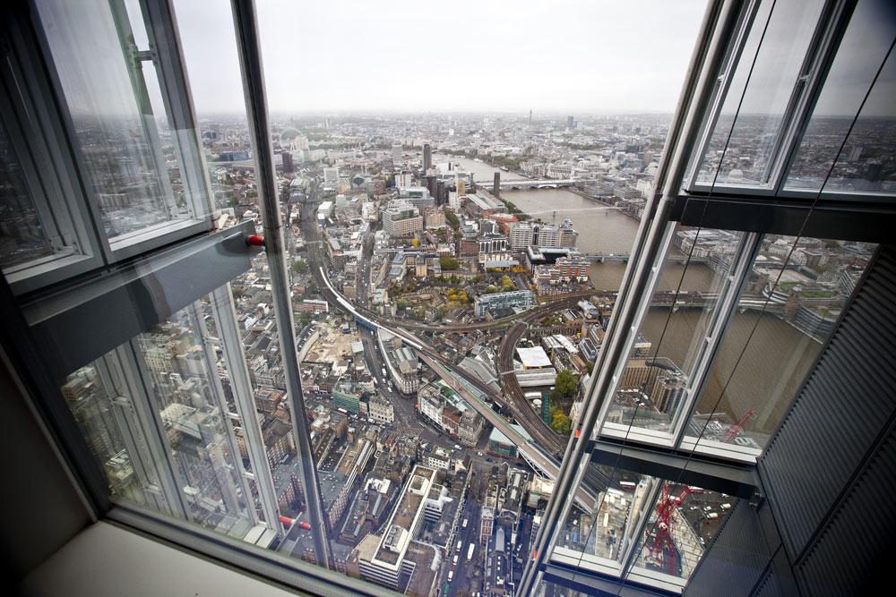 """Самые страшные смотровые площадки мира: башня """"Шард"""" в Лондоне - самая высокая в Европе"""