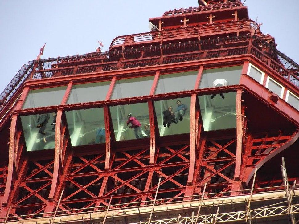 Самые страшные смотровые площадки мира: башня Блэкпул в Англии