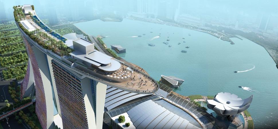 Самые страшные смотровые площадки мира: «Корабль» на вершине Марина Бэй в Сингапуре