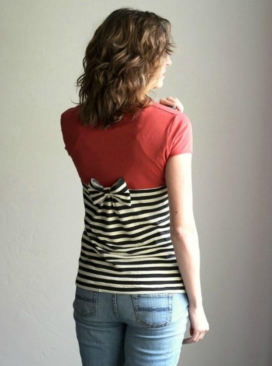 сделать скучную футболку креативной: одна футболка из двух разных с бантом сзади