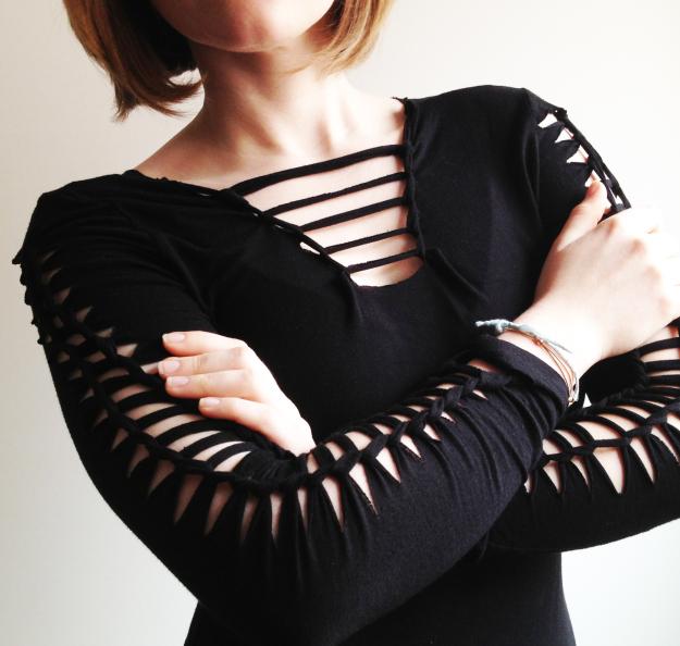 креативная переделка футболок: разрезы с декорированием на рукавах
