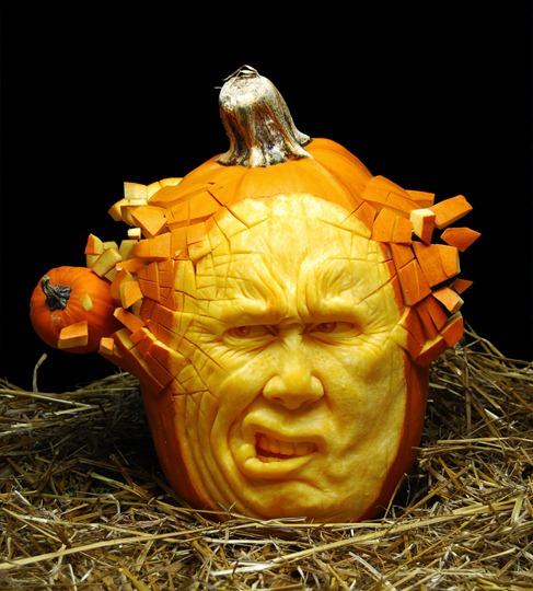 самые жуткие Хэллоуинские тыквы выстрел