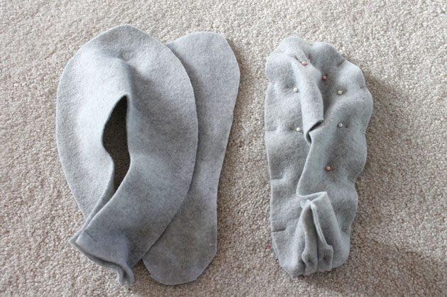 Скалываем и сшиваем подкладку для тапочек