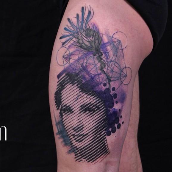 Смешение всех последних трендов татуировок в одном изображении