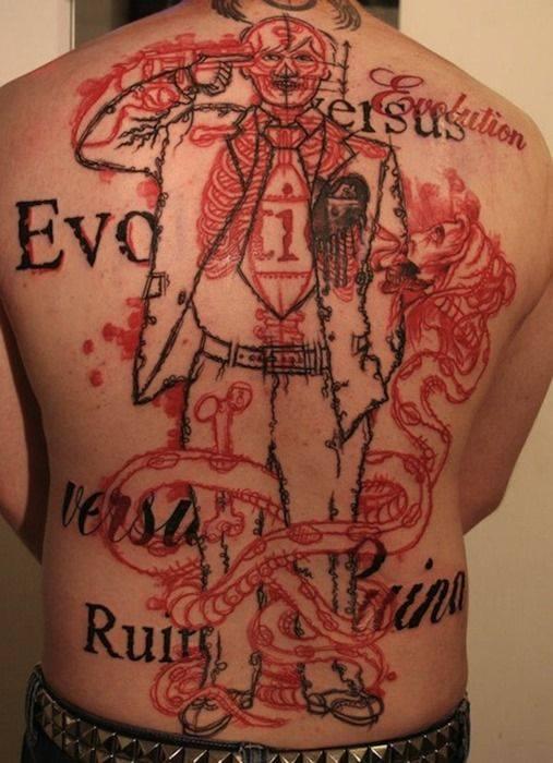 Как выглядят самые популярные направления современных татуировок - татуировки красными чернилами, концептуальные, картина с черными чернила