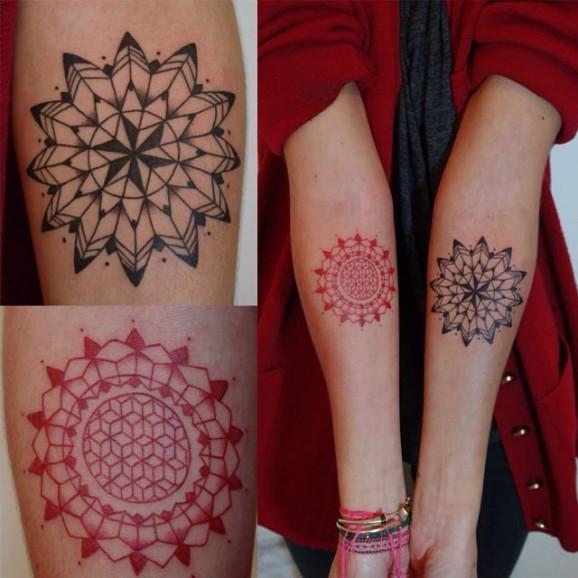 Как выглядят самые популярные направления современных татуировок - татуировки красными чернилами, концептуальные, мандалы с черными чернилами