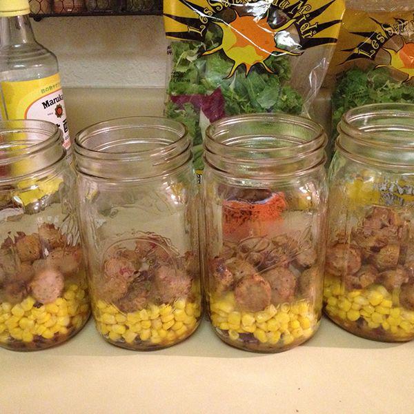 средний слой салата в банке - мясо