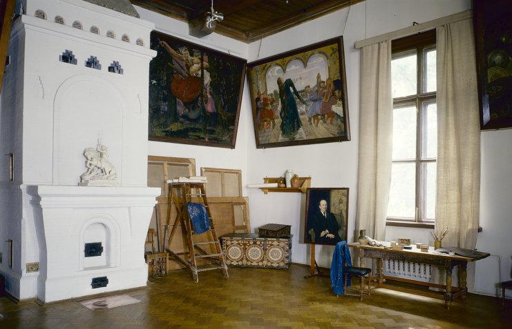 Мастерская Виктора Васнецова, русского художника, в дошедшем до нашего времени виде