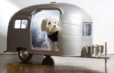 лежак-домик для собак - трейлер