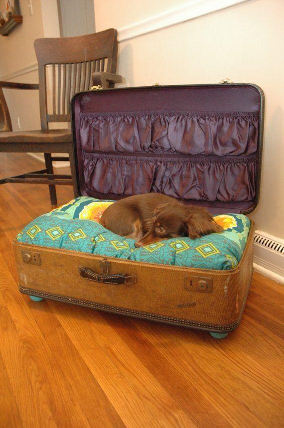 лежак для собак - чемодан