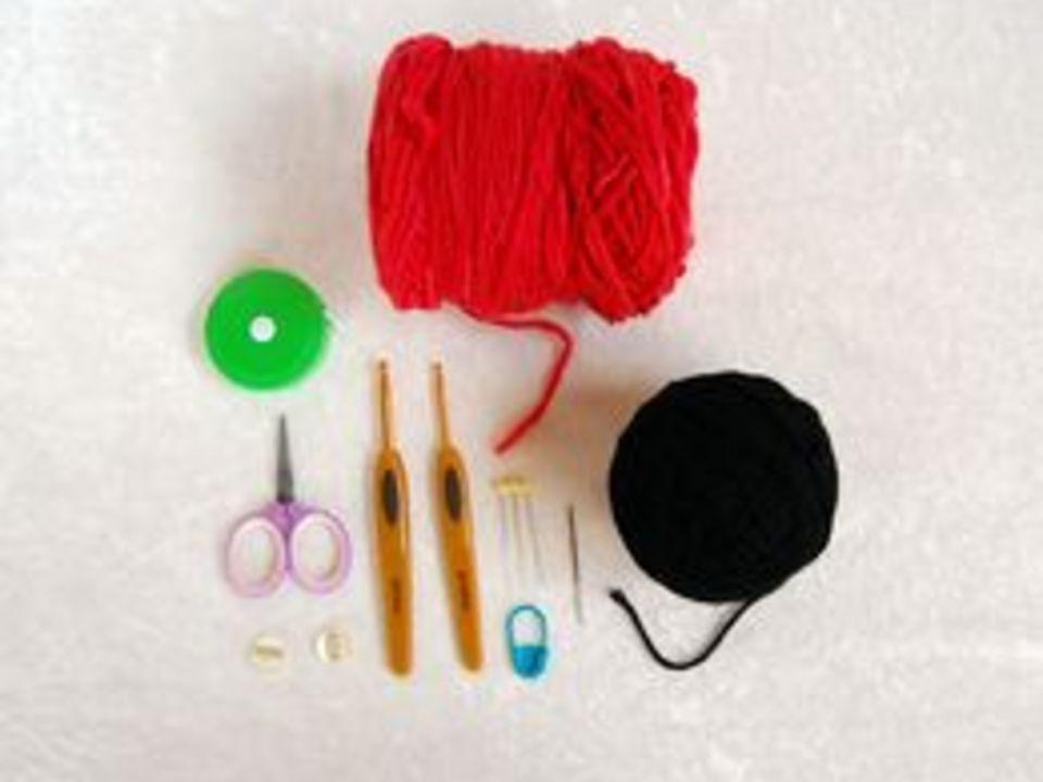 материалы для вязания крючком шапочки с божьей коровкой