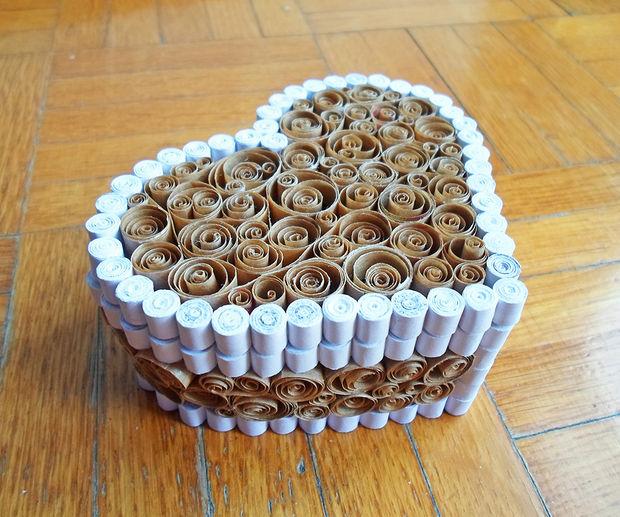 готовая шкатулка в форме сердца на День святого Валентина