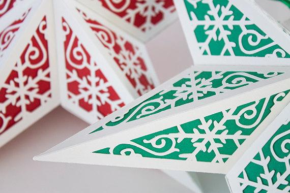 После п. 2 снизу под дизайном можно заклеить подули цветной папиросной бумагой (она тоньше и прозрачнее) или вощеной кулинарной желтой бумагой