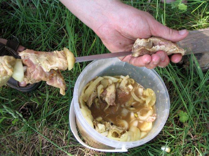 Три необычных маринада для шашлыка